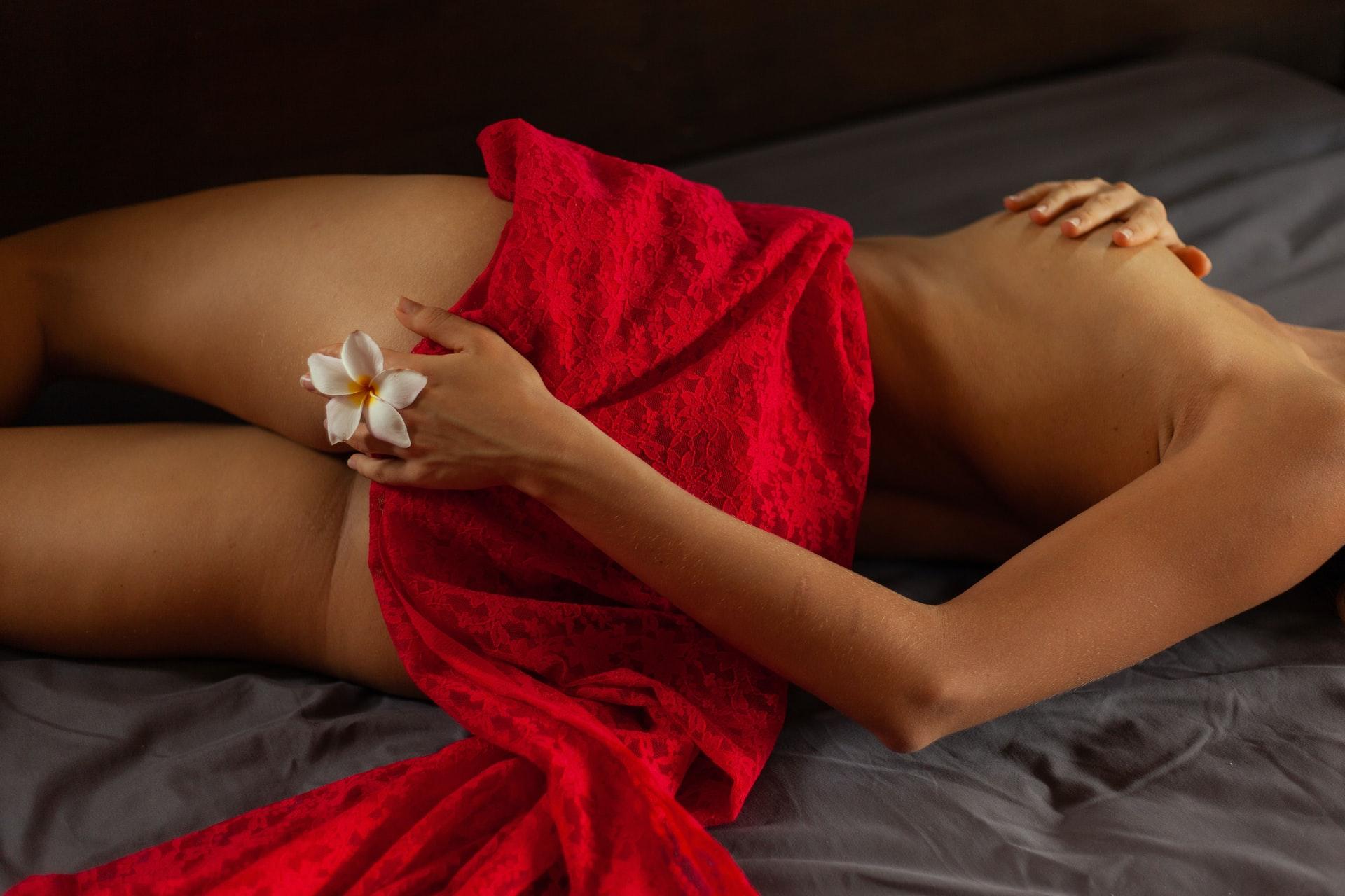 Masajul erotic – de la origini pana in prezent