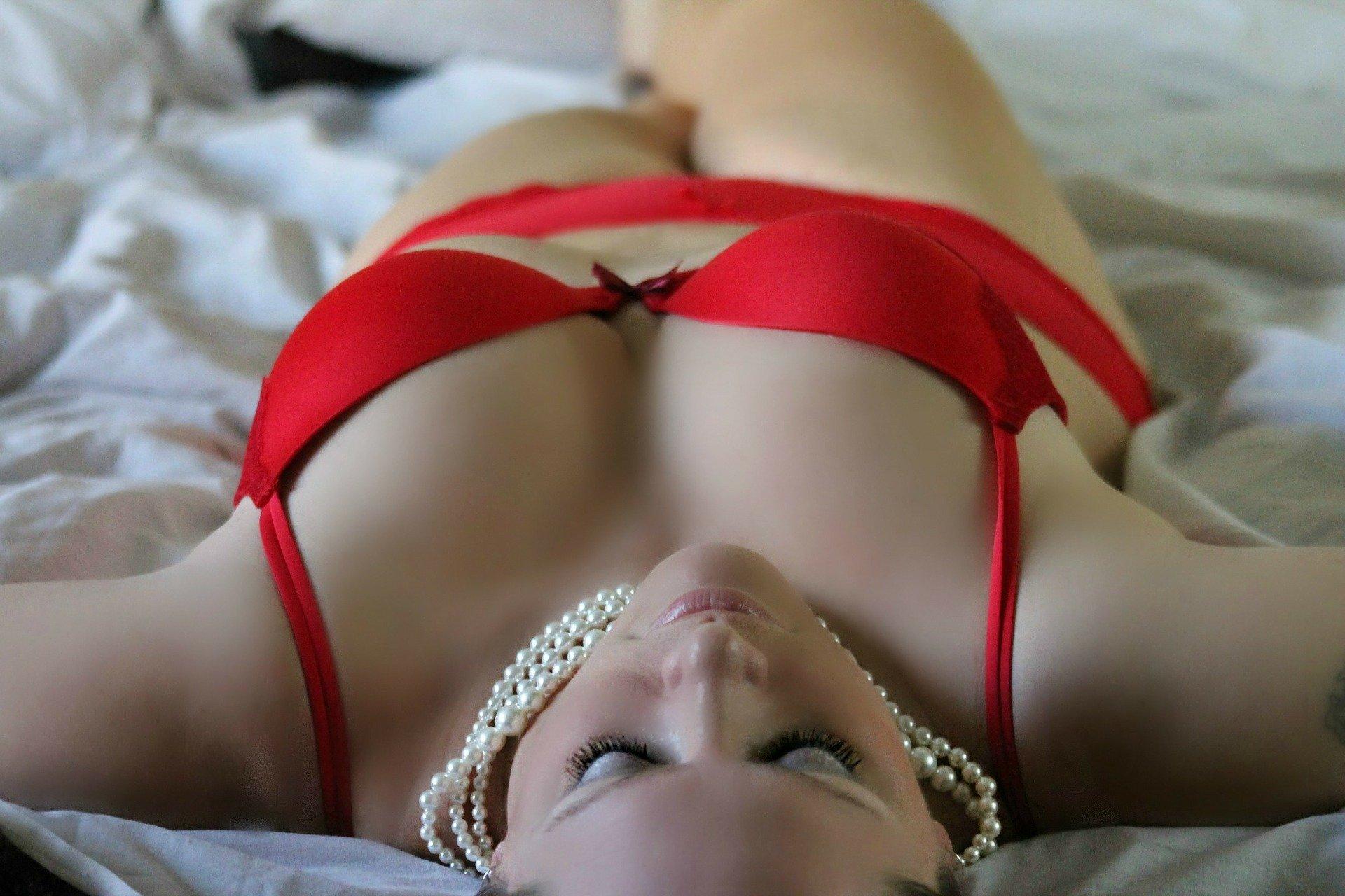 Ai cel puțin 4 motive să vizitezi salonul nostru de masaj erotic